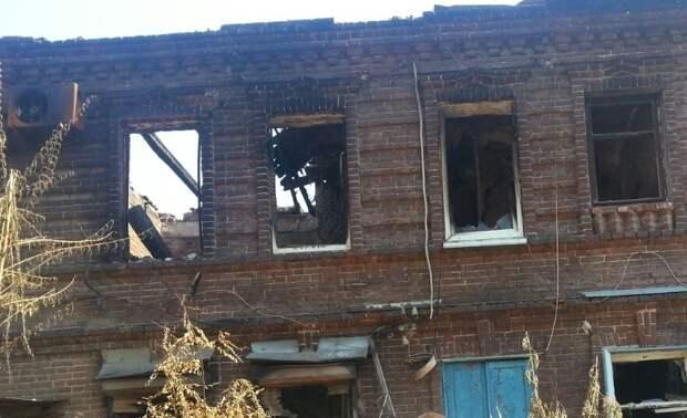 Дома, в которых жили погорельцы, огонь уничтожил практически полностью. Фото предоставлено Царьграду Анной Антошиной