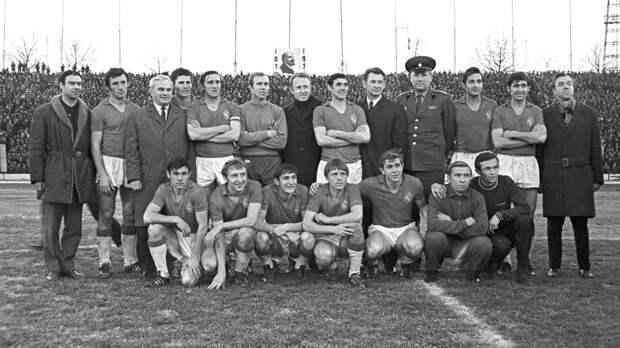 Странное чемпионство ЦСКА в 1970-м. Динамовцы пили водку перед золотым матчем, Бесков заявлял о «договорняке»