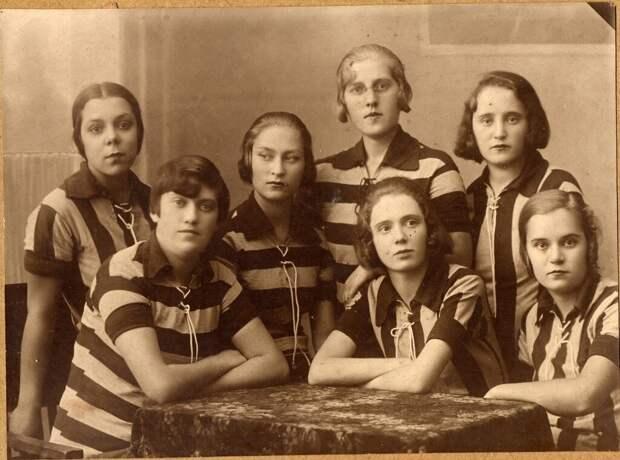 Бедно, но счастливо: фото студентов времён СССР