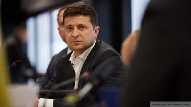 Зеленский попросил украинцев объединиться и создать мощное государство