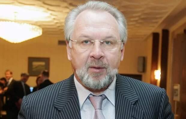Фото открытых источников.   Павел Гусев.  Возглавил союз московских журналистов. Это же какой донос многостраничный нужно написать?