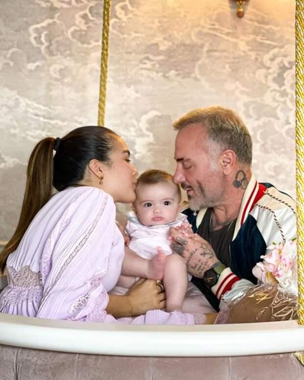 """Дочери """"танцующего миллионера"""" Джанлуки Вакки и Шэрон Фонсеки сделали операцию"""