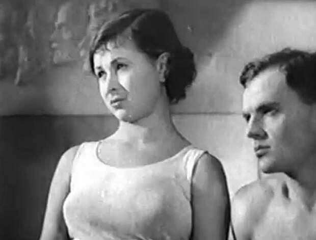 Строгий юноша (1935)