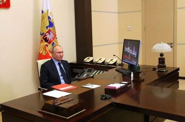 В Кремле объяснили «спартанскую обстановку» кабинета Путина в Сочи