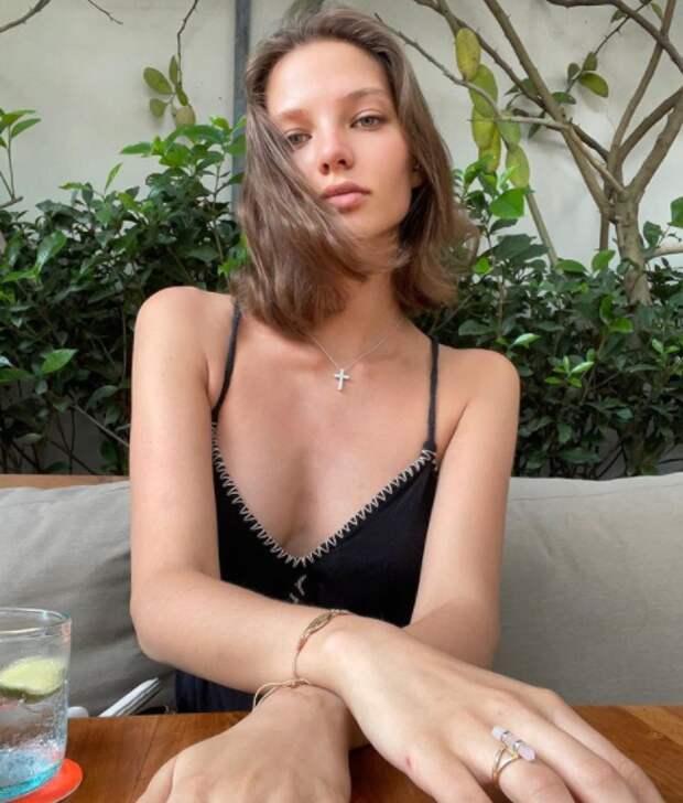 Лиза Пескова показала беременную Кафельникову на вечеринке