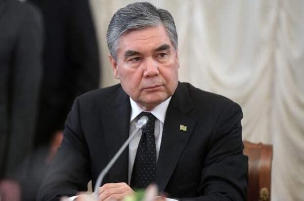 У президента Туркмении умер отец