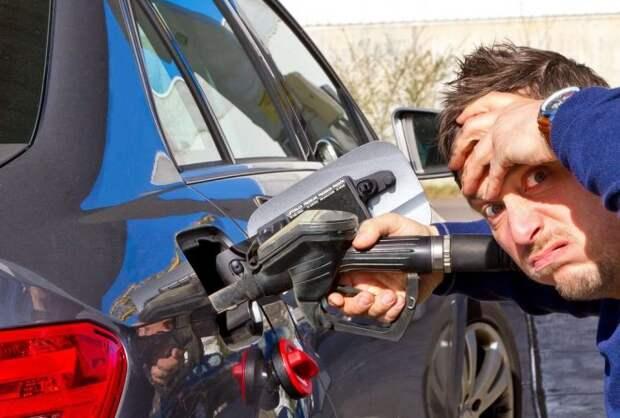 Автомобили, которые разорят водителя на бензине