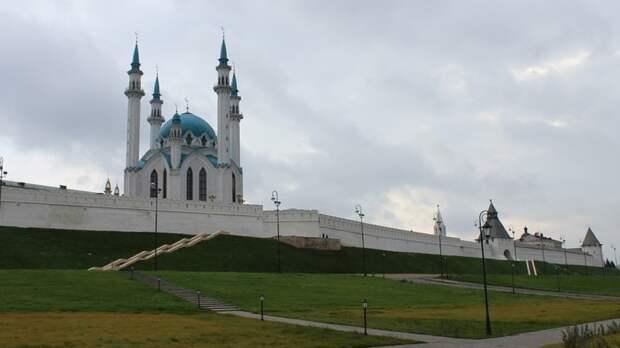 Власти Казани объявили 12 мая днем траура по погибшим в местной школе