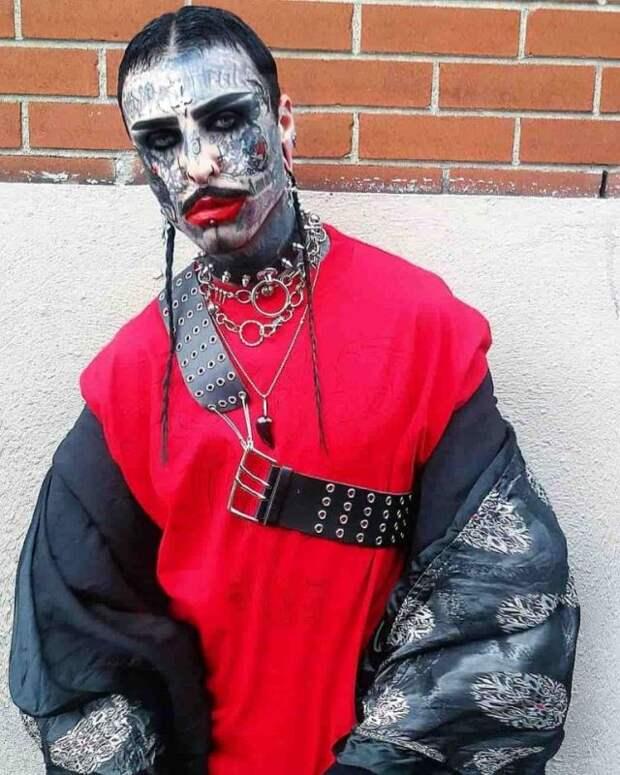 Знакомьтесь, Филипп Ройер— гламурный вампир изМонреаля