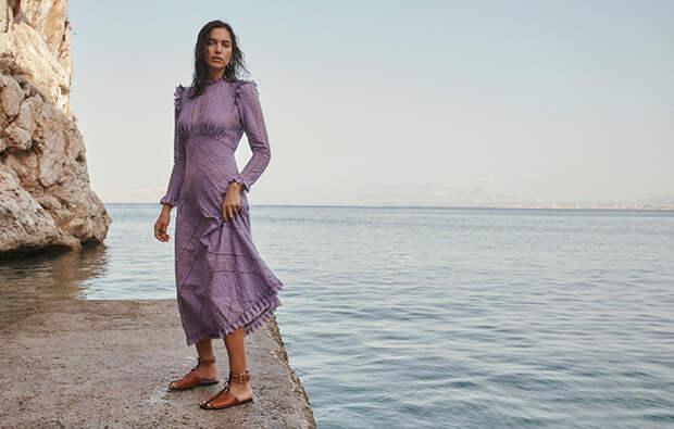 Сицилия зовет: соблазнительная Ирина Шейк в рекламе купальников бренда Zimmermann