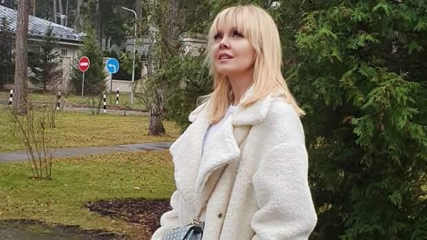 Певица Валерия резко отреагировала на скандальные откровения Елены Прокловой