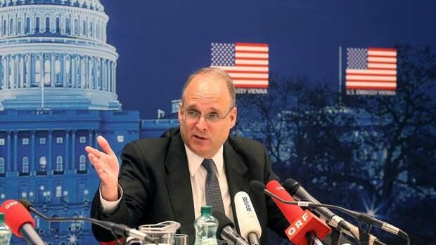 Спецпредставитель США доложит НАТО о переговорах с Россией