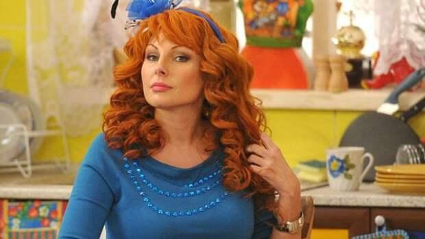Наталья Бочкарева назвала себя любимицей Табакова и рассказала о зависти однокурсников