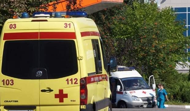 В Тюмени из бригад скорой помощи уходят фельдшеры. Все дело в зарплате и вызовах