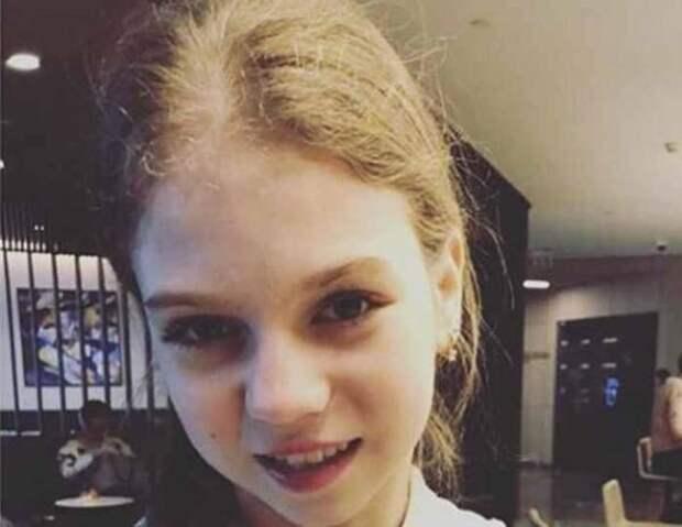 """Трусова рассказала о жизни в домике на участке Рудковской и Плющенко: """"Я там живу с мамой"""""""