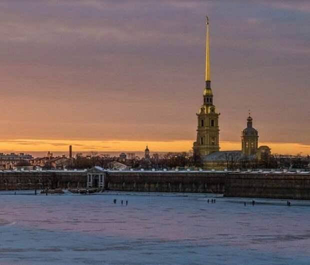 """В Петербурге власти начали кошмарить бары """"Сопротивления"""" сводными отрядами силовиков"""