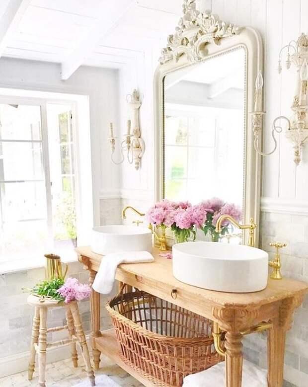 Ванная комната. Для статьи использованы фотографии из Инстаграм-аккаунта Кортни @frenchcountrycottage и сайта frenchcountrycottage.net