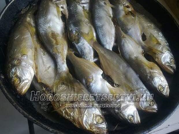 Рыба копченая в домашних условиях на сковороде
