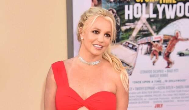 Суд оставил «недееспособную» Бритни Спирс под опекой отца