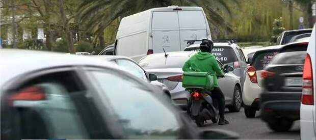 В Сочи хотят ограничить въезд иногороднего транспорта