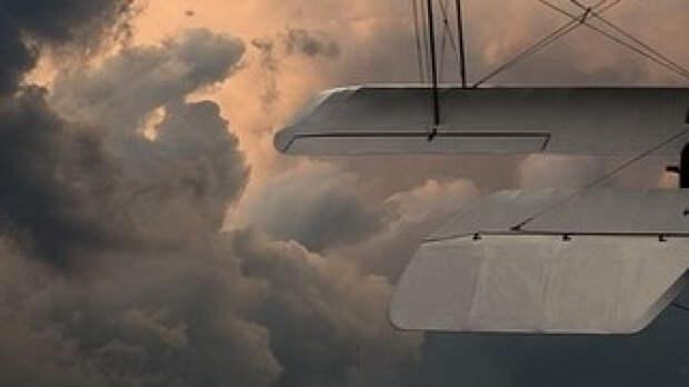 Экипаж легкомоторного самолета выжил при крушении под Кишиневом