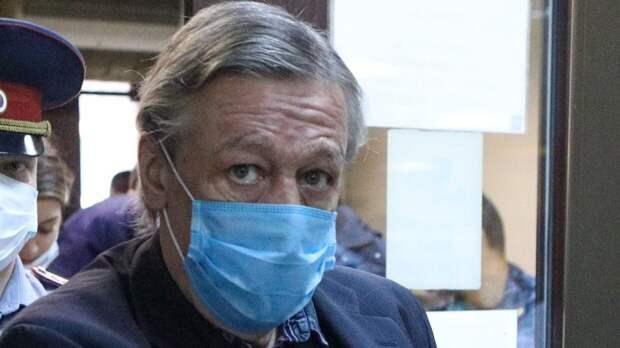 Бывший адвокат Ефремова рассказал о нарушениях при изучении его дела в адвокатской палате