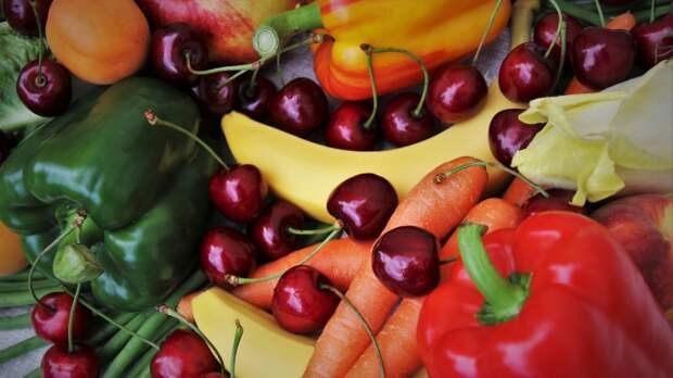 Доктор Зайцев назвал фрукты и овощи, от которых стоит отказаться летом