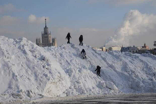 Росгидромет пообещал трем регионам аномально теплую зиму