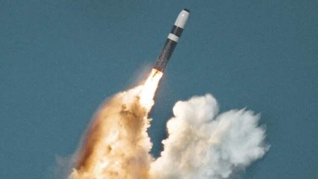 Американская трёхступенчатая баллистическая ракета «Трайдент II»