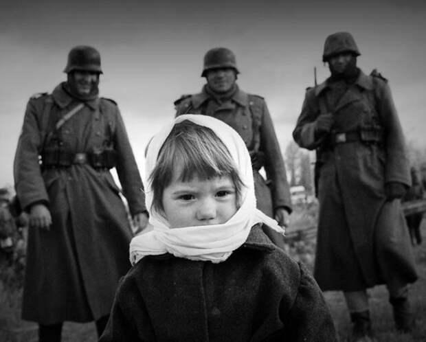 О плохих и хороших людях - история военного времени...