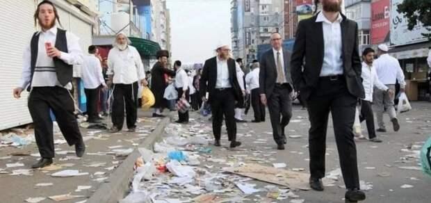 Прямо сейчас на Украине: оккупация хасидами и нацполицией