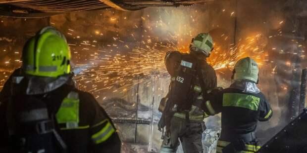 Спасатели / Фото: Пресс-служба Управления по ЮВАО Департамента ГО и ЧС г. Москвы