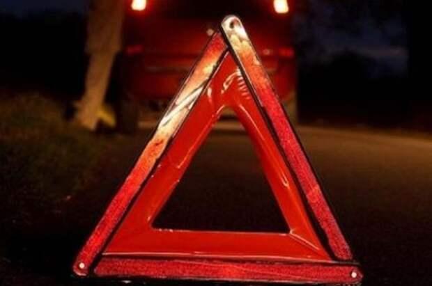 Три человека погибли в ДТП с грузовиком в ХМАО