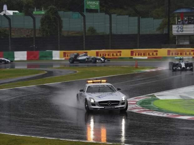 Формула 1: авария Бьянки и тайфун остановили гонку