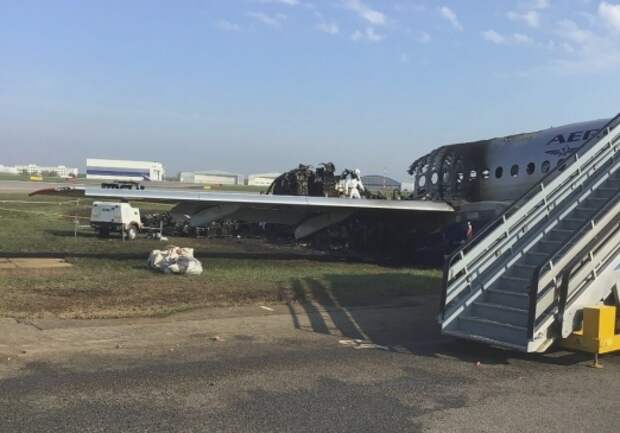 Пилоту упавшего в Шереметьево самолета грозит до 7 лет тюрьмы