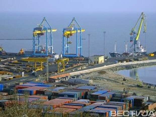 Работников Мариупольского порта переводят в Одессу
