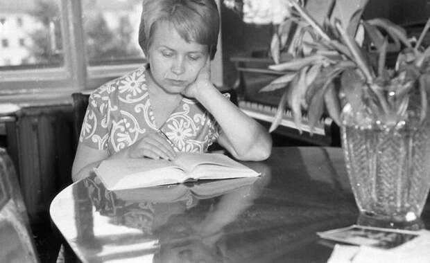 Лица Советской эпохи. Александра Пахмутова