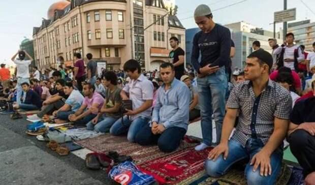 В Москве запретили коллективные молитвы в Ураза-Байрам