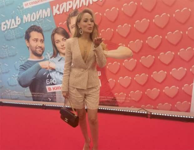 «С Ириной Розановой работать было круто!»: Анастасия Евграфова в восторге от сотрудничества со знаменитостью