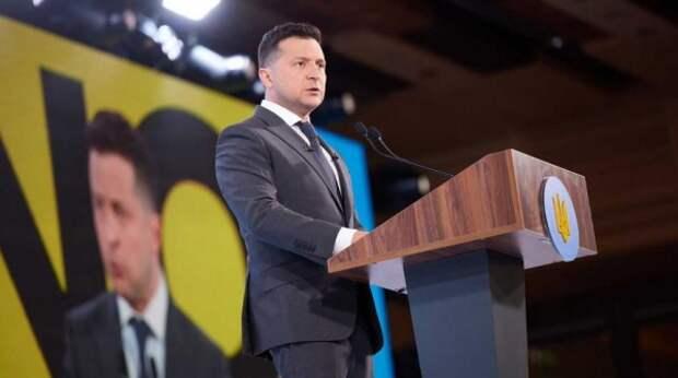 Министр проигнорировал просьбу Зеленского уйти в отставку