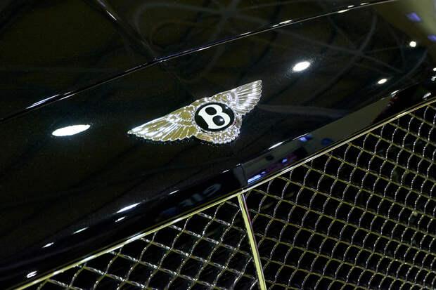 Россияне устроили ажиотажный спрос на Bentley и Rolls-Royce