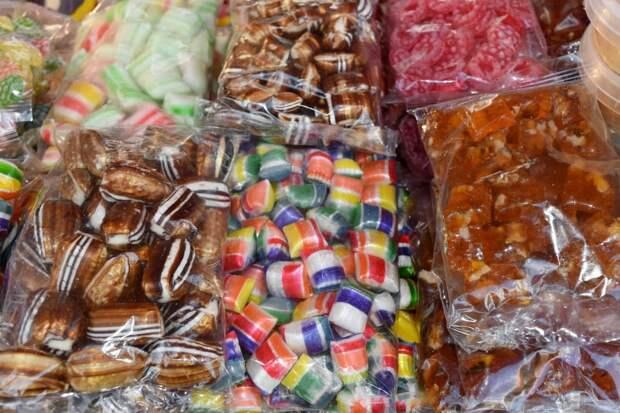 В Купчино ребенок отравился конфетой с наркотиком, которую получил в детском саду