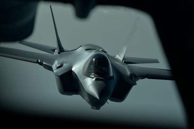Провал проекта истребителя-невидимки F-35 признан высшим командованием ВВС США. Александр Роджерс