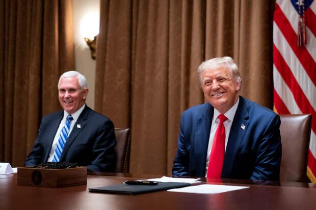 Агония Трампа: президента обвиняют в разорении США из-за страха проиграть выборы