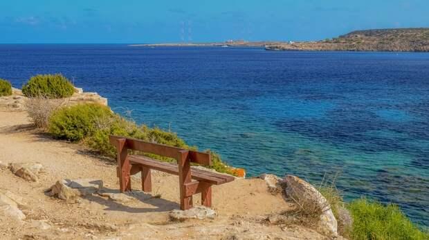 Кипр изменяет правила въезда для туристов