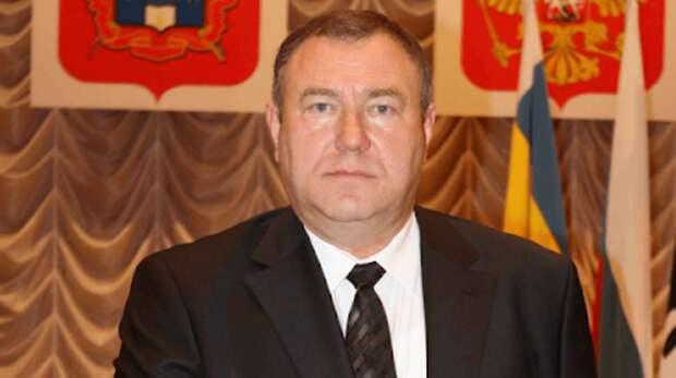 Азачем: вРостовской области нестали наказывать чиновника, который «кинул» сирот