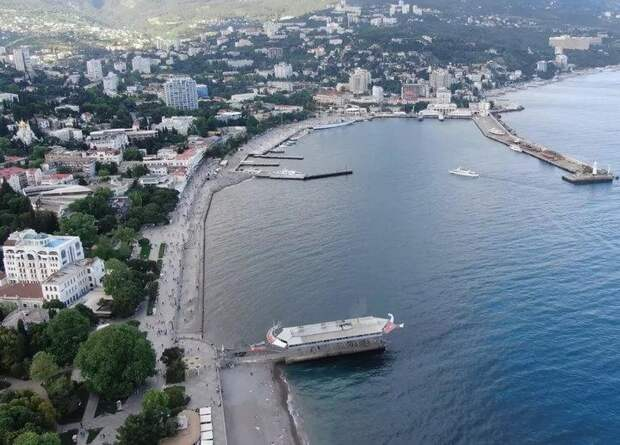 До чего Россия довела Крым за 7 лет? Рассказ немца, который в 2020 провёл свой отпуск в Крыму