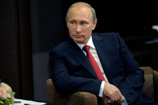 Майкл Бом ответил на критику России: США могут извиниться перед Путиным