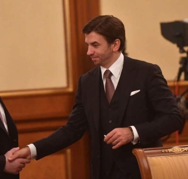 Генпрокуратура потребовала изъять у Абызова имущество на 32 млрд рублей