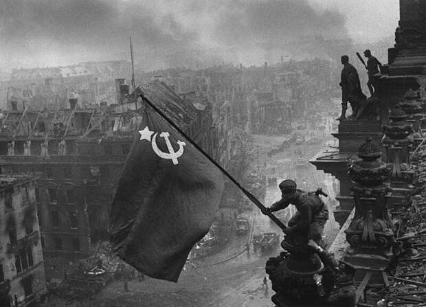 Корнилов осадил Украину за «миф» о Знамени Победы над Рейхстагом
